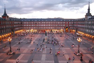 Plaza Mayor Madrid WikiCommons foto de Sebastian Dubiel